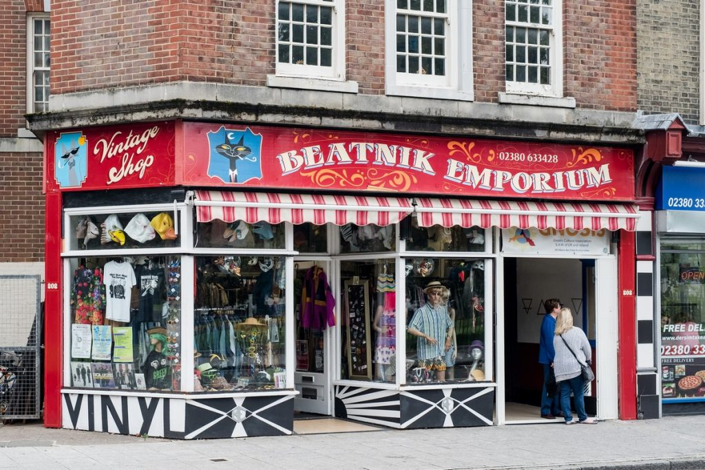 Quirky, colourful vintage shop in Southampton. Inspiring Southampton free