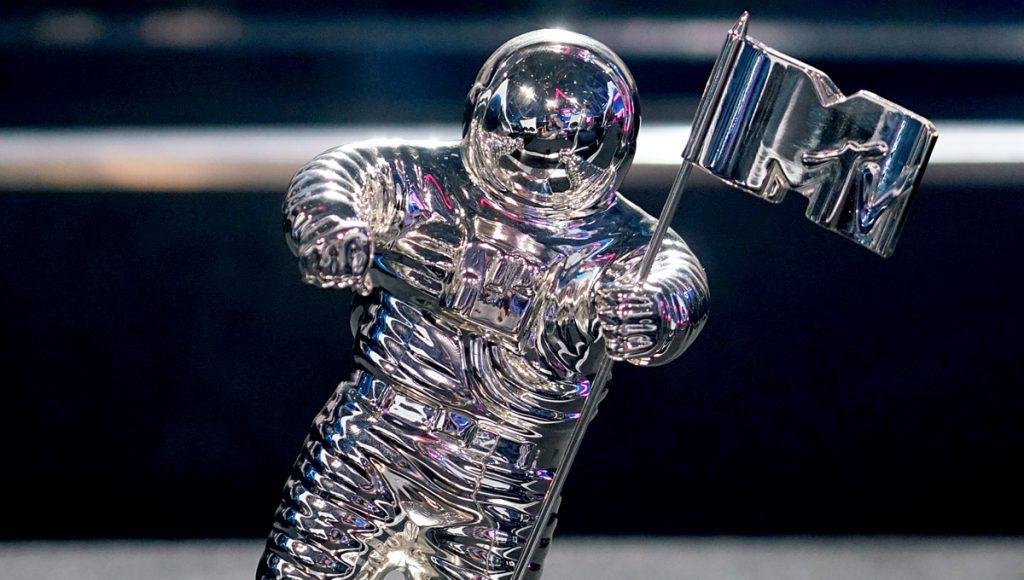 VMAs spaceman award
