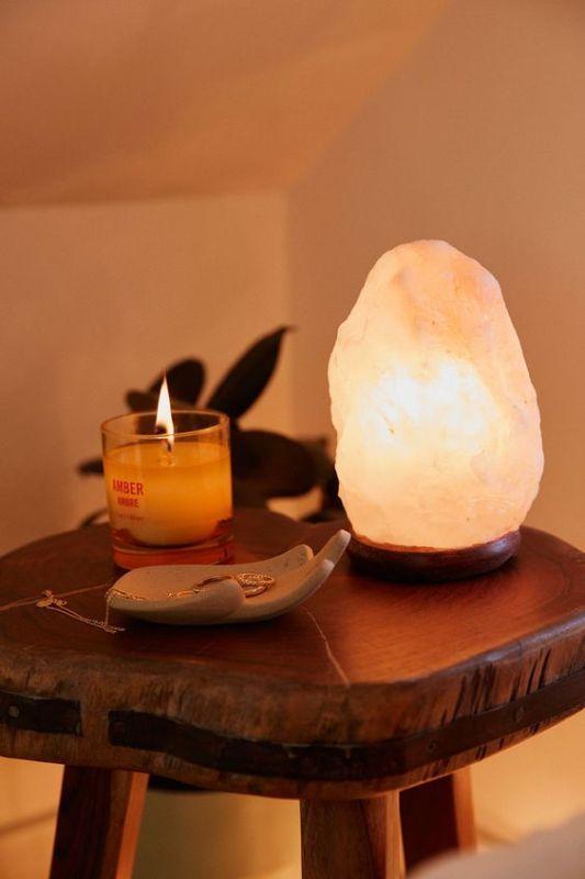 salt lamp image