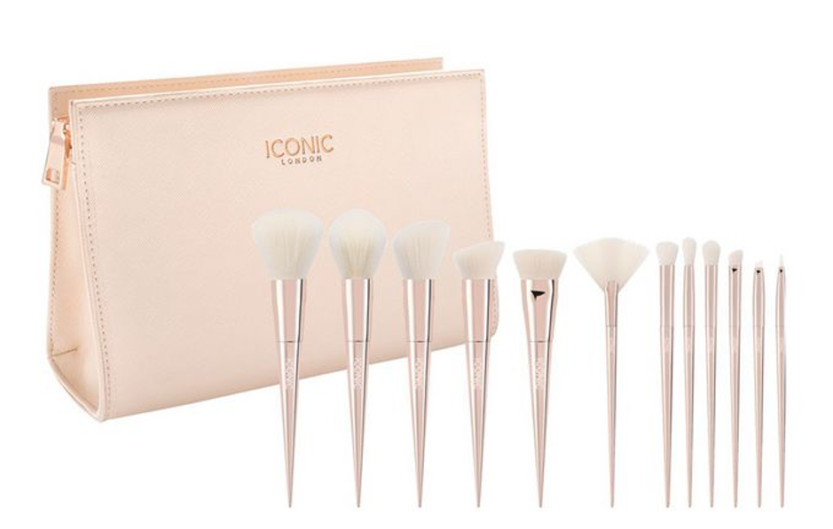 Ultimate Brush Set ICONIC LONDON Cult Beauty